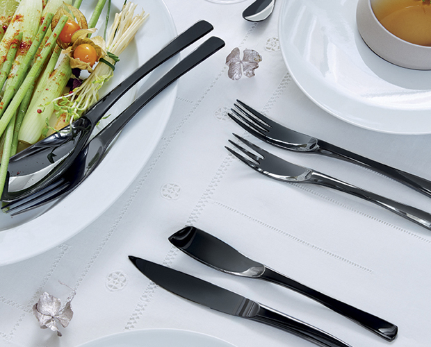 Serving tableware