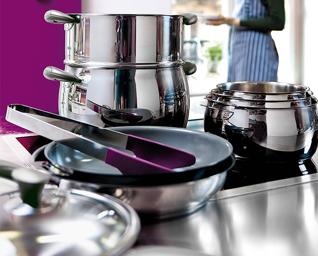 Kitchenware and linens